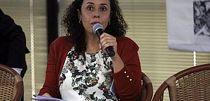 Fabiana Damásio: é preciso refletir sobre a divulgação instantânea de informações nas redes sociais