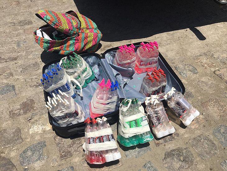 Fiscalização da PRF apreende 120 frascos de lança perfume  em Rio Largo