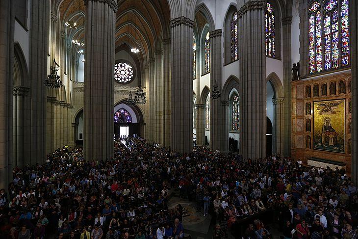 Missa na Catedral da Sé em homenagem ao jornalista Vladimir Herzog morto a 40 anos.