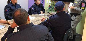 Militares capacitam equipe que irá atuar no programa Guardiã Maria da Penha de Delmiro Gouveia