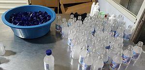 Polícia descobre e impede produção clandestina de álcool em gel no Agreste