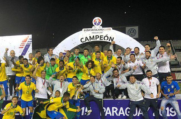 Brasil supera Argentina e conquista sul-americano sub-15 de futebol