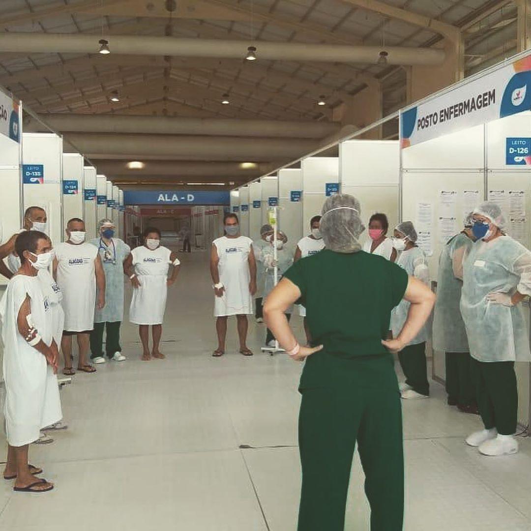 Humanização e música: pacientes têm dia diferente no Hospital de Campanha; vídeo