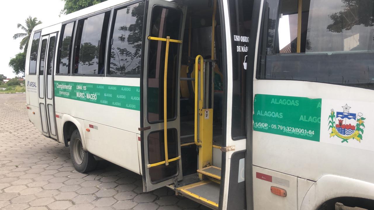 Fiscalização notifica e multa transportes complementares por falta de acessibilidade